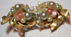 ON SALE vintage pearls and rhinestones clip earrings by Edismiles, $13.59