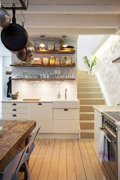 love the idea of a basement kitchen Rustic Kitchen Tables, Farmhouse Kitchen Lighting, Modern Farmhouse Kitchens, Kitchen Dining, Basement Kitchen, Beautiful Kitchens, Cool Kitchens, Hygge, Sweden House