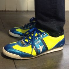 trainer model in blue and yellow colours Guy Pictures, Yellow, Blue, Trainers, Colours, Woman, Sneakers, Model, Shoes