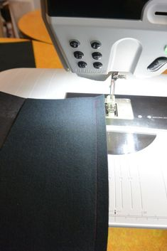 1 Tasche x 4 » BERNINA Blog Sewing, Blog, Interesting Stuff, Sewing Projects, Boss, Jean Bag, Laptop Tote, Dressmaking, Couture