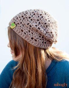 Fallen Leaves Slouch Hat :: Free #Crochet Pattern! -- http://www.mooglyblog.com/fallen-leaves-slouch-hat/
