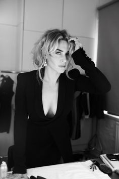 Kate Winslet photographed by Gilles Bensimon. Gorgeous