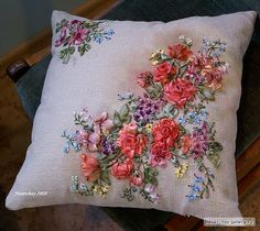 Beautiful needlework.. just think of the time that goes into creating something like this.