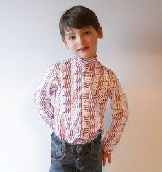Cómo hacer una camisa de niño: Patrón gratis | Colours for Baby, Patrones y Tutoriales de Costura