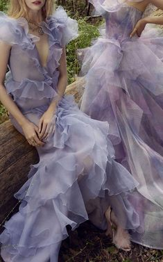 Marchesa Gowns, Long Sleeve Gown, Tulle Gown, Prom Dresses, Wedding Dresses, Beautiful Gowns, Pretty Dresses, Couture Fashion, Designer Dresses