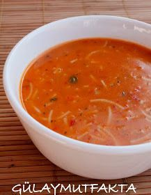 Gülay in the kitchen: Wire Noodle Soup - Dinner Recipe Turkish Recipes, Ethnic Recipes, Vegetable Soup Recipes, Homemade Beauty Products, Easy Cake Recipes, Noodle Soup, Noodles, Dinner Recipes, Health Fitness