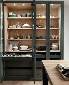 Kitchen Pantry Design, Kitchen Cabinetry, Modern Kitchen Design, Home Decor Kitchen, Interior Design Kitchen, Kitchen Furniture, Crockery Cabinet, Cuisines Design, Küchen Design
