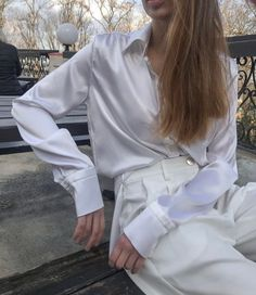 Women silk shirt in white Cream silk blouse Long sleeve blouse Womens button down shirt Office silk shirt Silk clothing Silk basics Silk top - Suit Fashion Bluse Outfit, Satin Bluse, Outfits Damen, Silk Crepe, Silk Top, Stylish Outfits, High Waisted Skirt, Sleeves, How To Wear