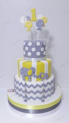 Pinokyo Butik Pasta ve Kurabiye - İzmit: 1 yaş pastası ve kurabiyeleri...