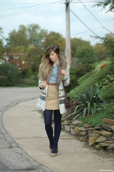 Orchid Grey: Sunny Side- great coat, cute outfit