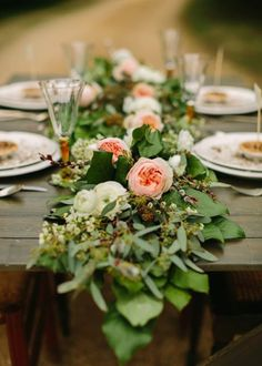 Unique Centerpiece Idea Fresh Flower Runners This simple rustic floral runner combines blush garden roses white ranunculus and tons of bright leaves Flower Runner Wedding, Wedding Flower Photos, Rustic Wedding Flowers, Floral Wedding, Trendy Wedding, Wedding Ideas, Wedding Simple, Perfect Wedding, Table Wedding