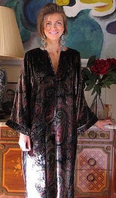d95b54f8b7 ... Tuttabankem silk velvet kaftan best service b74bc 368e1  Cotton Lawn  Samantha Nightie ...