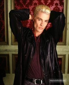 Buffy the Vampire Slayer - Promo shot of James Marsters