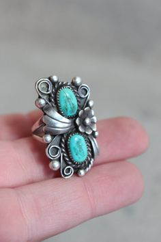 Vintage Ring Southwestern Turquoise and Sterling silver Jewelry 6 1/2