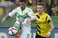 Sie wollten mit einem LKW und dem Pokal in den Händen in Dortmund um den Borsigplatz fahren... Aber die VfL-Profis sorgten dafür, dass diese BVB-Party ausfie...