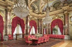 Guests of Cornelius Vanderbilt and wife Alice Claypoole Gwynne Vanderbilt dined under these Baccarat crystal chandeliers.  Forty servants were employed to run the house - servants also accompanied the guests.