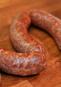 Mexican Chorizo Recipe Gateway: This Post's Link Mexico Honest-Food Seriouseats Foodlab Conecuh Sausage Recipe, Eckrich Sausage, Texmex Recipe, Recipe Recipe, Mexican Cooking, Mexican Food Recipes, Home Made Sausage, Sausage Making, Steak Marinades
