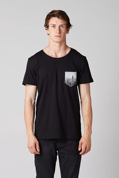 Black t-shirt with NYC pocket