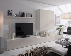 Salón con Alfombra cebra en blanco y negro. Living Room Wall Units, Ikea Living Room, Living Room Interior, Living Room Designs, Kitchen Interior, Home And Living, Modern Living, Interior Design, White Zebra