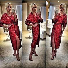 WEBSTA @ roksana_fashion - Вы же помните какой скоро праздник?! Специально ко Дню Влюблённых мы приготовили для Вас платье из пайеток цвета страсти!❤❤❤❤❤ Количество ограничено!