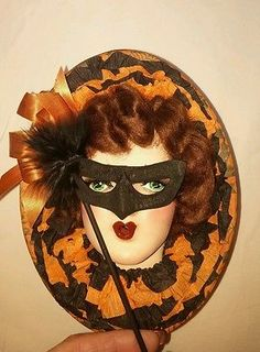 Vintage-Halloween-1920s-Boudoir-Doll-Face-on-Candy-Box