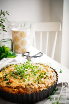 Avocado Salad Recipes, Easy Salad Recipes, Easy Salads, Brunch Recipes, Crispy Chicken Burgers, Easy Macaroni Salad, Crispy Roast Potatoes, Low Calorie Recipes, Base Foods