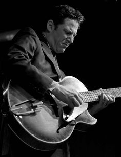 "John Pizzarelli - listen to ""nice and easy"" 05-12-2014"