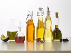5 Fats You Should Be Eating More Of: The other healthy oils http://www.prevention.com/food/healthy-eating-tips/5-fats-you-should-be-eating?s=1&?utm_source=zergnet.com&utm_medium=referral&utm_campaign=zergnet_169506