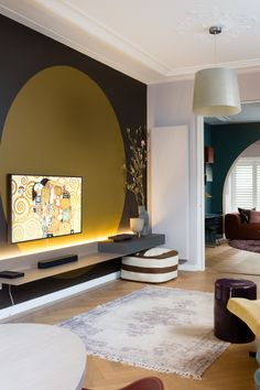 Room Color Schemes, Room Colors, Home Living Room, Living Spaces, Green Wall Color, Earthy Home Decor, Home Room Design, House Rooms, Room Decor Bedroom