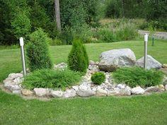 """Tässä olisi muutama kuva meidän pihalta. Puutarhassa aherran aina, kun vain aikaa on. Täytyy myöntää, että olen sen verran kuitenkin """"laiska... Cheap Landscaping Ideas, Landscaping With Rocks, Garden Landscaping, Eco Garden, Garden Park, Landscape Design, Garden Design, Garden Nursery, Garden Projects"""