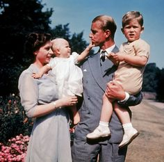 Princess Anne and Prince Charles are pictured with their parents Princess Elizabeth II and Prince Philip, Duke of Edinburgh. ~ Picture by GETTY Prinz Philip, Prinz Charles, George Vi, First Color Photograph, Royal Family Portrait, Family Portraits, Young Queen Elizabeth, Prince Philip Queen Elizabeth, Elizabeth Anne