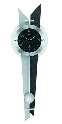 AMS 5253 Wandklok Radiogestuurd met slinger. De achterzijde van deze mooie klok is met zilverkleur, leisteen en aliminium afgewerkt. Een mooie klok die altijd op de seconde nauwkeurig loopt. De slinger is verchroomd. https://www.timefortrends.nl/wekkers-klokken/ams-klokken.html