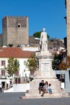 "Castelo de Vide village - Main square Praça Dom Pedro V in honor of the King who visited the village in October 7th 1861 and that named Castelo de Vide as the ""Sintra of the Alentejo""  #Marvao #Alentejo #Portugal"