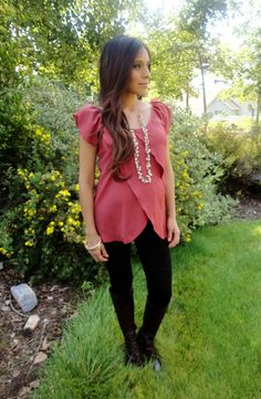 Maternity style: Fall look (Boots!)- this is a cute top maternity or not. Maternity Clothes Online, Cute Maternity Outfits, Casual Maternity, Pregnancy Outfits, Maternity Wear, Maternity Fashion, Maternity Wardrobe, Maternity Styles, Pregnancy Clothes