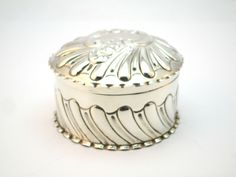 ANTIQUE 19thC VICTORIAN SOLID SILVER GADROONED JEWELLERY / TRINKET / RING BOX
