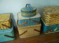 vintage tin baskets---wish I had my grandmother's green tin picnic basket...