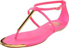 Are you bored with your black 'n silver summer sandals? Looking for hot pink summer shoes These are the best summer picks for your feet. Pink Sandals, T Strap Sandals, Strappy Sandals, Women's Shoes Sandals, Heels, Footwear Shoes, Flat Sandals, Pink Summer, Summer Shoes