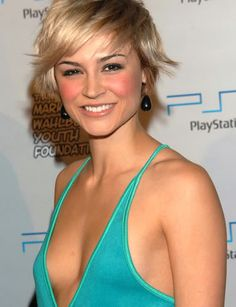 Short hair Samaire Armstrong. Perfect for growing it out! :D