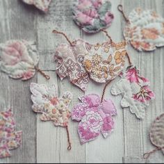 autumn leaves made from Get Smitten little vintage fabric bundles & a pattern from #molliemakes issue 19 You can download the templates here http://www.molliemakes.com/downloads/mollie-makes-issue-19-templates/ and get your fabrics from @getsmitten