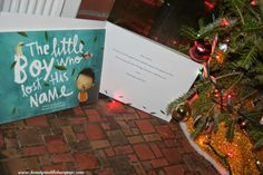 The Little Girl Who Lost Her Name Book @lostmynamebook is a great customizable children's book that takes children on a journey to find the letters that make up their names. The book teaches children how to learn and recognize their name. $29.99 I highly recommend it. #ChildrensBooks #ChildrensGifts #ToddlerBooks #Education