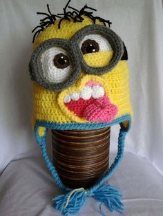 Minion crochet hat pattern....this is to freaking funny!..find pattern, or make my own? No pattern on this photo??