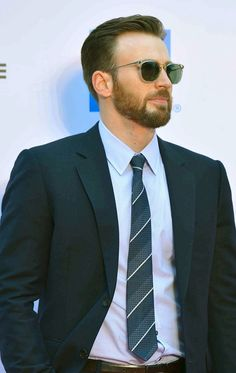 Chris Evans in Haikou City, China 10.24.14