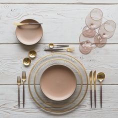 RENT: Halo Glass Chargers/Dinnerware in 24k Gold + Custom Heath Ceramics in Sunrise + Goa Flatware in Brushed 24k Gold/Wood + Bella 24k Gold Rimmed Stemless Glassware in Blush + 14k Gold Salt Cellars + Tiny Gold Spoons SHOP: Halo Glass Chargers/Dinnerware in 24k Gold + Goa Flatware in Brushed 24k Gold/Wood + Bella 24k Gold Rimmed Stemless Glassware in Blush + 14k Gold Salt Cellars + Tiny Gold Spoons