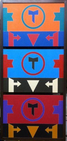 Rubem Valentim. Emblema 86. Triplo acrilico sobre tela. 35x50 cm