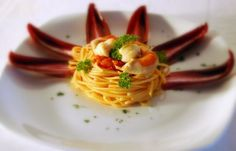 Spaghetti with capesante fish, orange zest and capers #pinspiration #7fishes