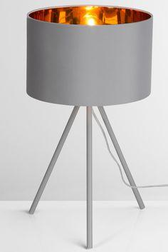 ber ideen zu lampenschirm schwarz auf pinterest wohnzimmerlampe stehlampen und gold. Black Bedroom Furniture Sets. Home Design Ideas