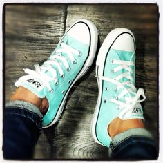 Want these!!! Love aqua/turquoise Chucks