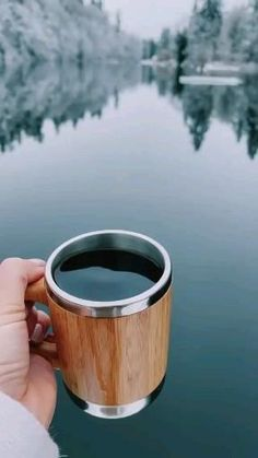 Beautiful Nature Scenes, Beautiful Moon, Amazing Nature, Beautiful Places To Travel, Wonderful Places, Coffee Drink Recipes, Aesthetic Bedroom, Cute Baby Animals, Lakes