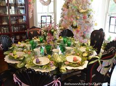 Easter Table Setting from Between Naps on the Porch blog  - Thanks so much to Marie for sharing this whimsical spring table for this week's Tablescape Thursday! (3-31-2916) - See more at: http://betweennapsontheporch.net/a-spring-easter-table-with-bordallo-pinheiro-cabbage-plates/#sthash.CBx70YIO.dpuf  -  Pinned 4-1-2016.