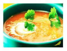 This classic Carrot and Coriander Soup with a kick of red chilli can be enjoyed in summer or winter. Packed with nutrients, this soup is just superb! Carrot And Coriander Soup, Carrot And Ginger, Healthy Soup, Healthy Foods To Eat, Healthy Eating, Healthy Indian Recipes, Ethnic Recipes, Pasta Soup, Food To Make